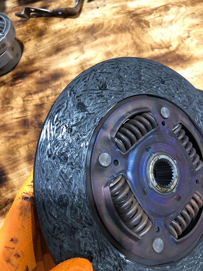 worn subaru clutch plate