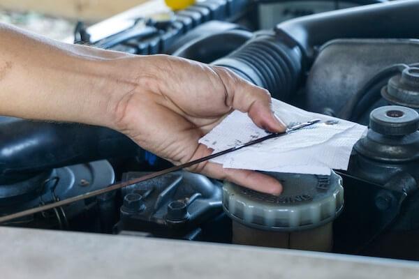 subaru oil level check